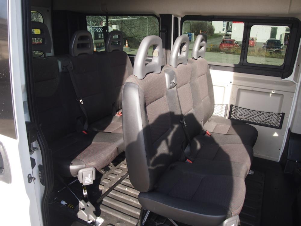 minibus-10