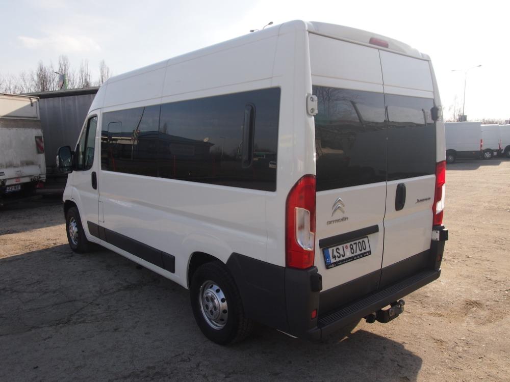 minibus-11