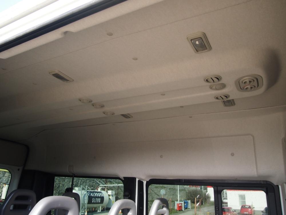 minibus-7